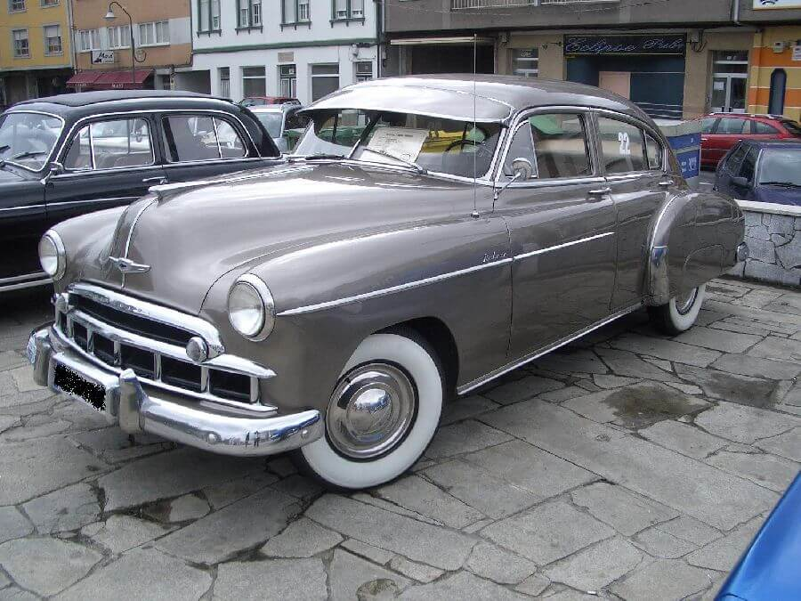Chevrolet-Fleetline-1949
