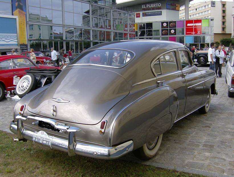 Chevrolet-Fleetline-1949-4