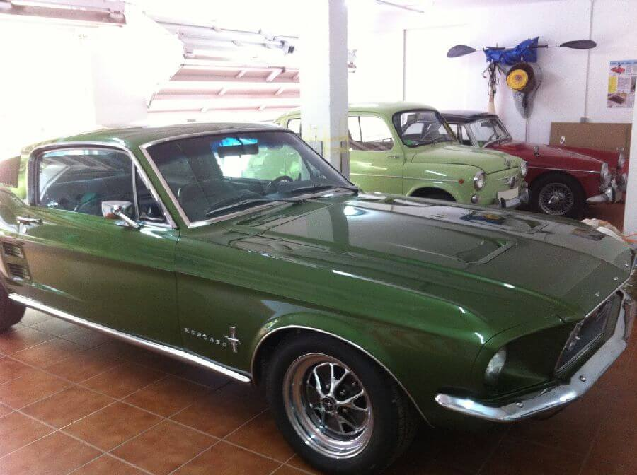 Ford-Mustang-Fastback-verde-1967-3